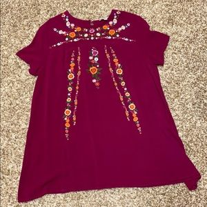 Short sleeve embroidered tunic